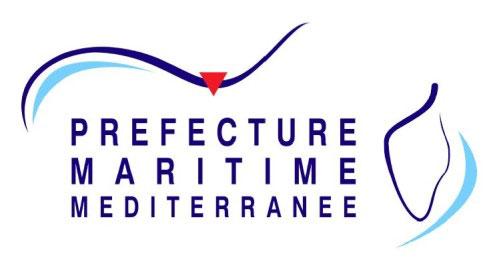 Navigation le long du littoral des côtes françaises de Méditerranée.